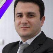 دکتر علی طاهری نیا جراح بینی